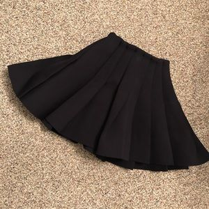 Gorgeous Neoprene H&M Mini Skirt